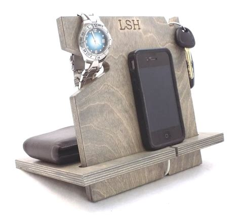 universal gifts 17 best images about cell phone docking stations on