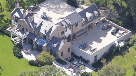 tom brady house brookline ma see tom brady and gisele s brookline house boston com