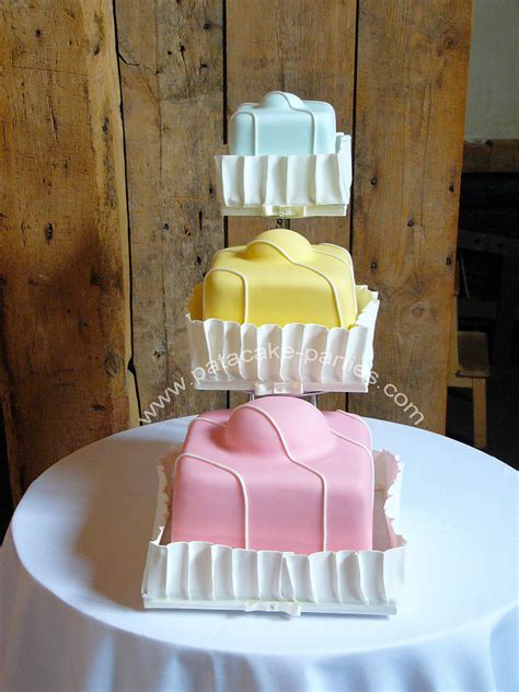 Fancy Wedding Cakes Pictures by Fondant Fancy Wedding Cake Fondant Fancy Style