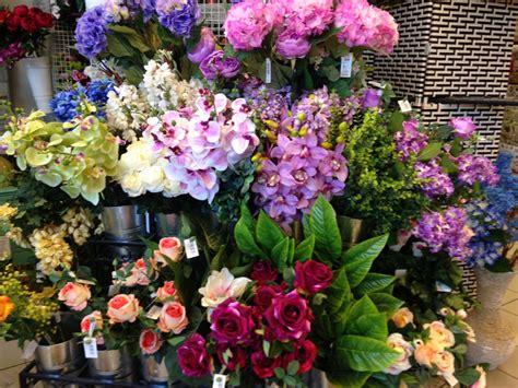 e fiori fiori e piante artificiali arcobaleno