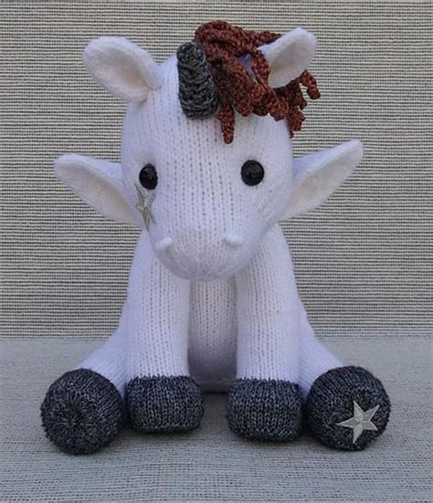 knitting pattern unicorn 21 best unicorn knitting patterns images on pinterest