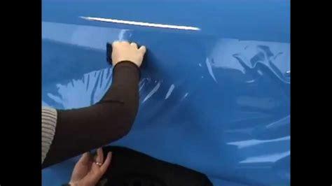 Kosten Autofolie Bekleben by Folierung In Blau Gl 228 Nzend Anbringung Von Folien Am