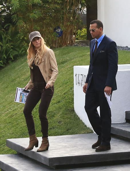 alex rodriguez house torrie wilson in alex rodriguez goes house hunting in beverly hills zimbio