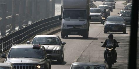 voitures usines chauffage qui pollue le plus l air