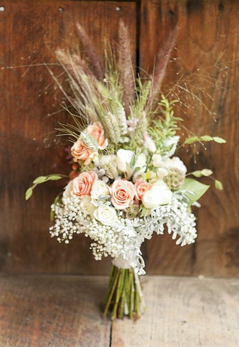 25 best ideas about country wedding bouquets on country wedding flowers yellow
