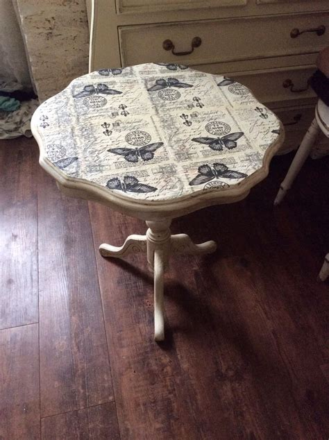 Decoupage Wood Table - 25 best ideas about decoupage table on modge