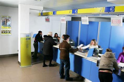 ufficio postale orari sabato si finge carabiniere e tenta truffa all ufficio postale