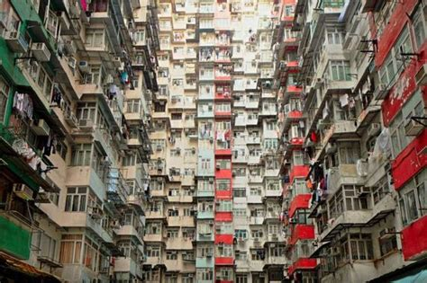 Appartments In Hong Kong by Small Apartments In The City Of Hong Kong Barnorama