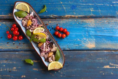 come cucinare il polpo in insalata come preparare l insalata di polpo un trucco salva tempo