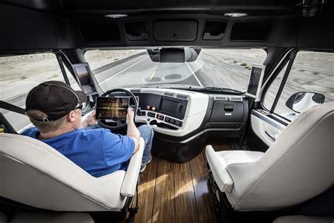 de la cabine de securite la station cabine cabine de peage de le premier camion autonome peut maintenant rouler aux usa