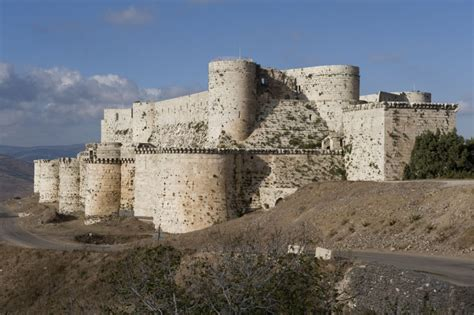 Krak Des Chevaliers by The Inferno Crac Des Chevaliers A Crusader Castle Caught In Conflict Zone Adam Blitz The
