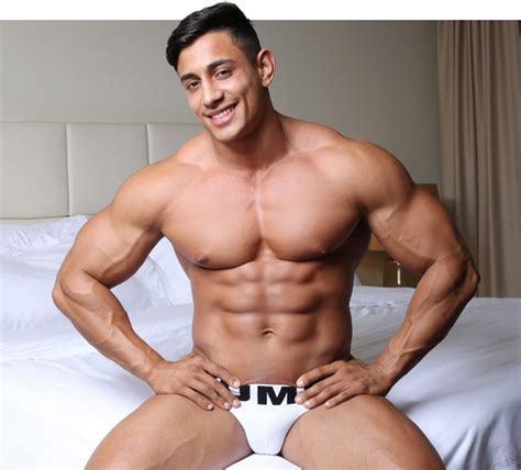 Angel Alberto From Musclehunks