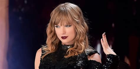 taylor swift engaged 2018 taylor swift reacts to two fans getting engaged at her