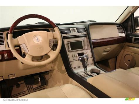 2005 Lincoln Navigator Interior by Camel Interior 2005 Lincoln Navigator Ultimate 4x4 Photo
