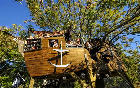 jeanerette neighbors build pirate ship treehouse for 5