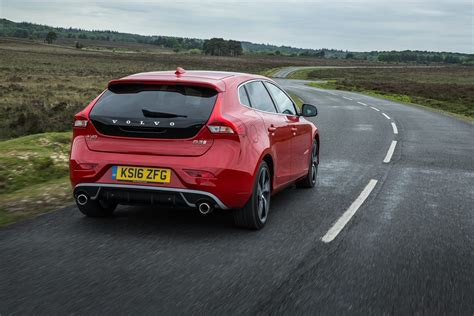 20  Volvo V40 Wallpapers, Pictures and Images for Desktop