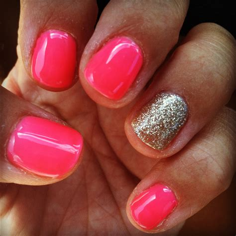 One Finger Nail Different Color Pictures | one different nail trend polish me perfect