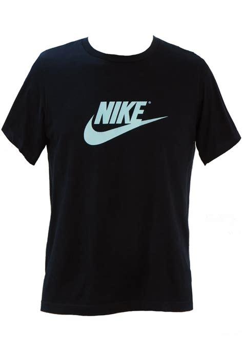 navy blue nike t shirt with light blue swoosh logo s m