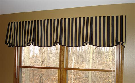 valance design big bold stripes make for a brilliant design statement
