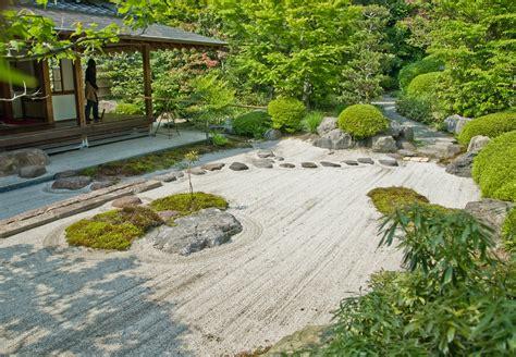 file jomyo ji kamakura sand garden jpg wikimedia commons