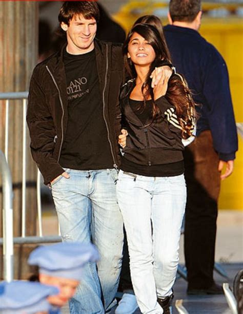 messi and wife sports accessin lionel messi withgirlfriend in antonella 2012