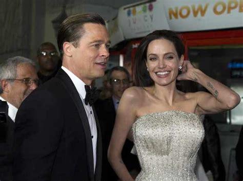Angelina Jolie Lascia Brad Pitt Denaro Case In Giro Per