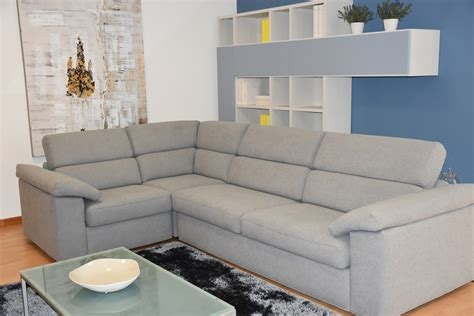 divano angolare offerta divano angolare samoa touch con tessuto antimacchia