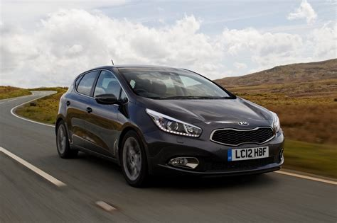 Kia Ceed Grey New Kia Cee D Hatchback To Go On Sale In The Uk In June