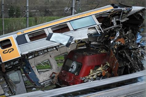 trains lisbon to porto miracle no one dies in wreck in portugal ny daily