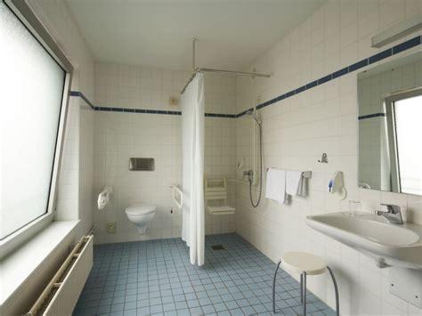 Badezimmer Kiel by Hotelzimmer Kiel Intercityhotel Kiel