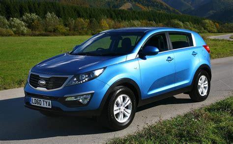 blue kia sportage 2010 kia sportage blue 200 interior and exterior images