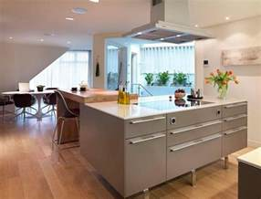 Floating Island Kitchen 53 Charming Kitchens With Light Wood Floors Page 8 Of 11