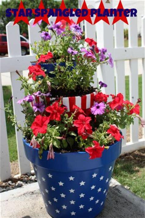 Patriotic Garden Decor 16 Garden Decor Idea For July 4th Day Diy Easy Patriotic Backyard Craft Project Bored Fast Food