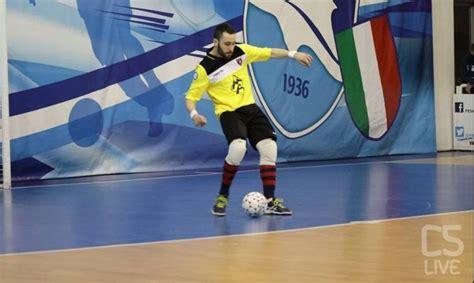 Kaos Juninho futsalmercato juninho non va proprio da nessuna parte 232 rinnovo con l ic futsal calcio a 5