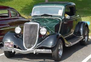 1934 ford coupe green front angle