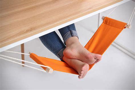 leg hammock for desk fuut desk foot hammock hiconsumption