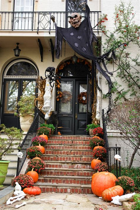 outdoor yard decorating ideas 5 styles for a modern haunted house what is yours huffpost