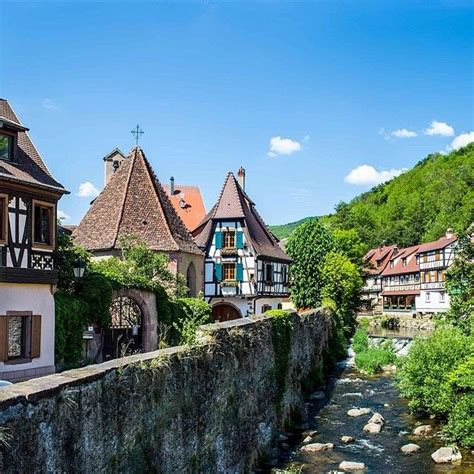 top thirteen best quaint cities towns villages in europe home in time for tea 1000 images about beautiful villages towns and places on