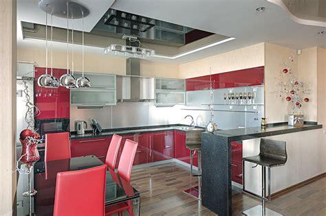 kleine küche mit elektrogeräten kreative gestaltungsideen aus alter bettw 228 sche oder bettlacken