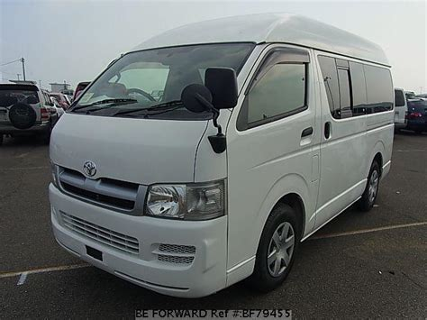 Toyota Used Cars In Japan Used 2005 Toyota Hiace Dx Kr Kdh200k For Sale