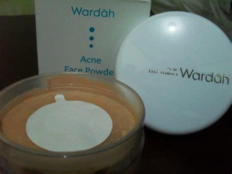 Bedak Wardah Jerawat mengatasi kegalauan jerawat dengan wardah acne powder