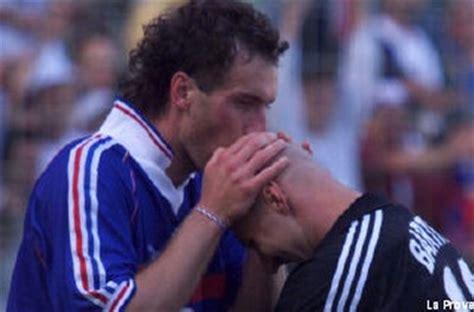 Kaos Johan Cruyff Ufl Johan Cruyff keanehan para bintang sepakbola sebelum bertanding