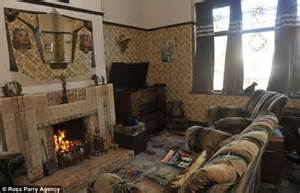 1930s home interiors inside the 1930s house of blackpool s aaron whiteside daily mail