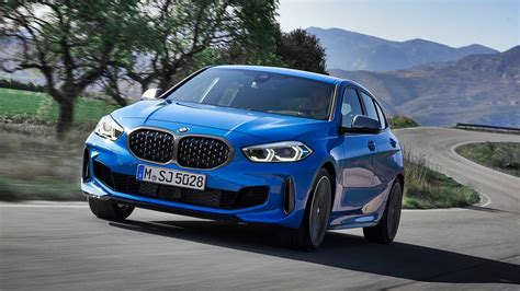 Bmw Series 1 2020 by Photo Comparison 2020 Bmw 1 Series Vs 2017 Bmw 1 Series