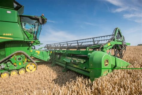 new john deere combine developments for 2015 new john deere technology at cereals 2015 agriland