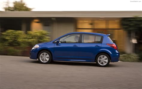 nissan hatchback nissan versa hatchback 2012 widescreen car image