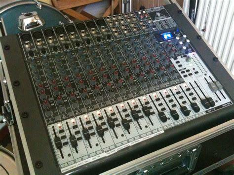 Mixer Behringer Xenyx 2222fx behringer xenyx 2222fx image 207879 audiofanzine