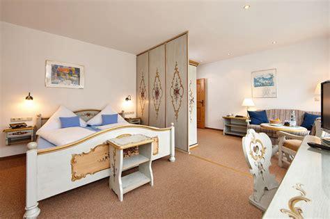 schlafzimmer festival innsbruck hotel bergland grainau