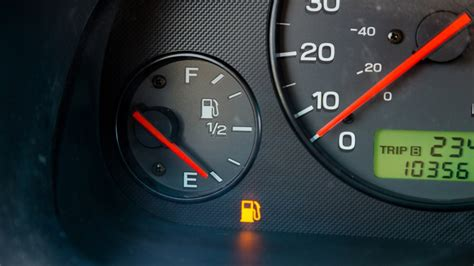 how many miles when gas light comes on toyota camry never run out of gas here s how many miles you really