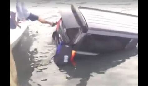 sinking feeling in stomach throwback thursday this boat launch fail will give you a